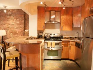 FABULOUS 2 BR/2BA  DUPLEX APARTMENT IN MANHATTAN, New York
