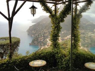 Limonella&botticella@tagliata Farmhouse, Positano