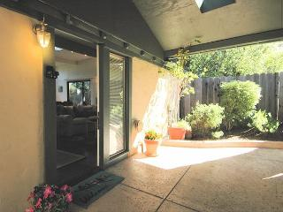Enter Into Your Private Little Oasis. Fully equipped kitchen. Luxurious bed, bedding and towels.