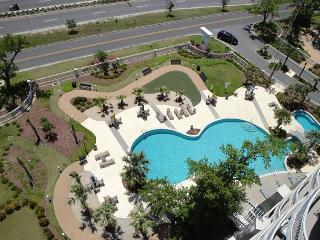 Beautiful Legacy Towers Penthouse, Gulfport