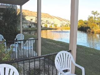 Ground floor condo just 1.3 miles to Family Friendly Surfside Beach!-229-H1