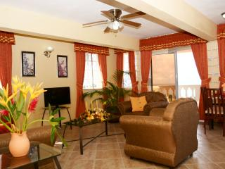 Ocean View, Sunset Apartment near city of Castries