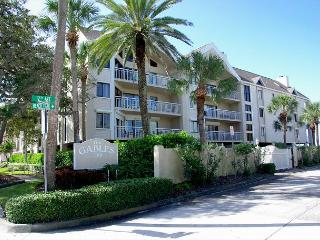 Gulf Front Condo with Heated Pool & Covered Parking 2 Bedroom, 2 Bath, Indian Rocks Beach