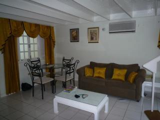 2 bed apartment ocho rios, Ocho Ríos