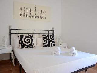 2 bedroom Apartment next to Barceloneta Beach, Barcelona
