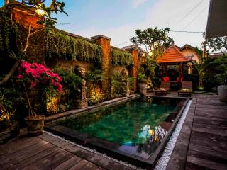 2BR villa KIWI 2min from beach, Canggu