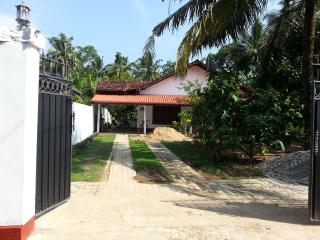 KEETH Relaxing Home, Weligama