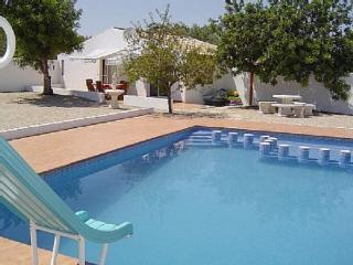 Casa Karmen Luxury Modern non-estate Villa / Ferrari Land / PortAventura