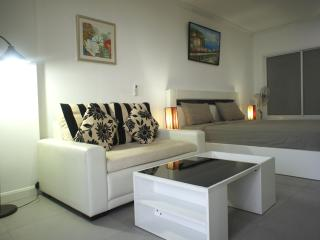 Modern style condo for rent, Pattaya city