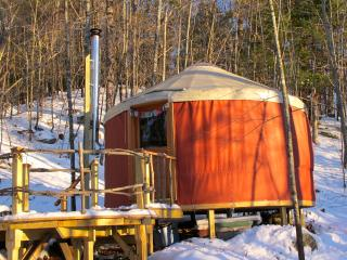 Sunset Yurt Off-The-Grid Retreat