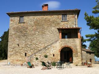 Arco, Charming just renovated apt x4p in Tuscany w shared pool