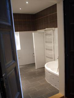 Huge bathroom is at your disposal