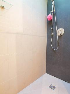 Large walk in shower with dual shower heads