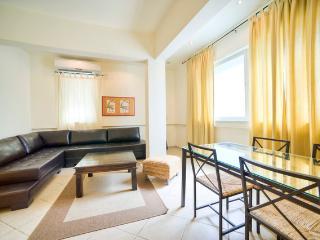 Sirkin/Frishman – Stylish 2 Bedroom Apartment, Tel Aviv