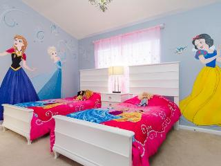 Windsor Wishes | Perfect Townhome with Magical Princess Themed Bedroom & Furniture Upgrades, Four Corners