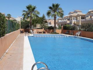 La Cinuelica R2, Townhouse close to the Communal Pool in Los Altos