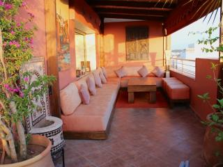LOVELY,COSY, MODERN FLAT, RABAT, SEA VIEW, TERRACE