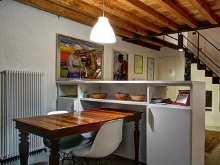 Elegante Loft nel Borghetto di Bazzano, Spoleto