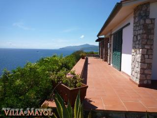 Villa Mayol. Der Traum über dem Meer. Whirlpool, Innamorata
