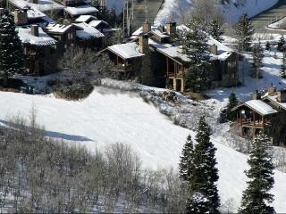 La Maconnerie Ski-in Ski-Out Home, Park City