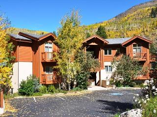 Great spacious 3 bedroom 2 bathroom condo Newest Building, Vail