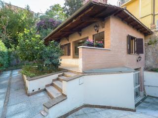 Trastevere Luxury Cottage!, Rome