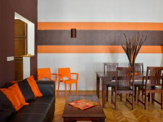 Karma 6 P Apartment in the heart of Budapest, Boedapest