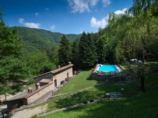 Farm Holidays Apartment in Mugello 2, Scarperia e San Piero