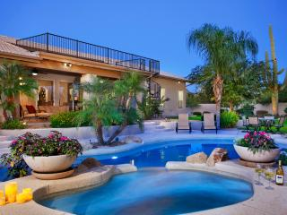 North Scottsdale beauty  - Minutes from Kierland, Cave Creek