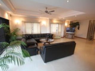 Luxury Condo 3 Bedroom Pratumnak, Pattaya