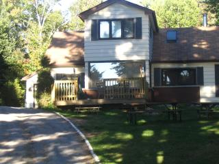 Prospect Lake Rentals Last minute booking for August26th-September 2nd