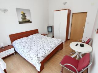 LUANA Double Room with Balcony 2, Rovinj