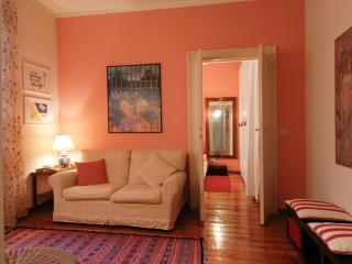 Cosy House Via Lecco, Milão