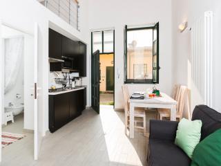 Modern loft-style apt w/terrace