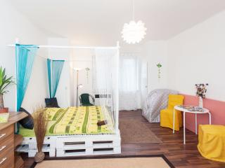 Central Apartment - wifi - parking, Praga