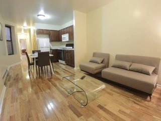 Cozy 3br // Spacious //  Modernly Furnished!, Nueva York
