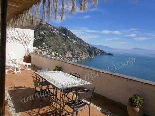 Casa Rosita - large terrace with seaview, Praiano