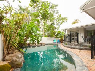 The Pod Noosa - Pet Friendly, 4bedrooms, pool a/c, Peregian Beach