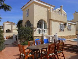 (473) Casa Brockle 3 bed villa private pool air-con Wi-Fi close to amenities