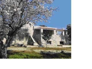 Villa in pietra tra Gallipoli e Leuca, Torre Vado