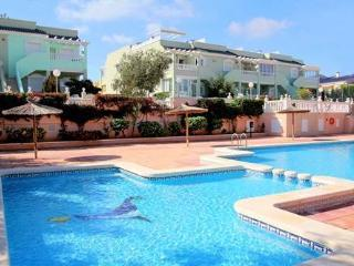(480) Casa Mediterraneo 2 bedroom apartment traffic free complex opposite pool