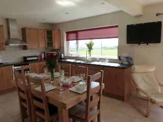 Enjoy the taste of the Llyn Peninsula at this tranquil, scenic setting.