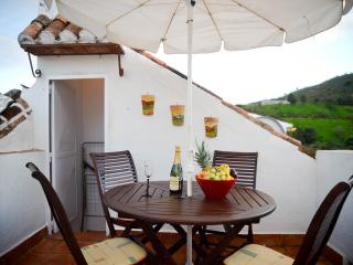 Traditional Andalucian  2 bedroom townhouse., Viñuela