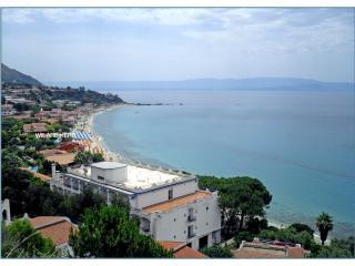 Apartment 50 meters to the sea, Capo Vaticano