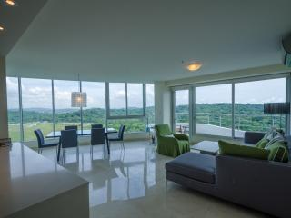 Sweeping Ocean Views in Panama City Condo, El Cope