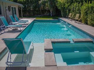 Franky's Hideaway ~ 15%  off  5+ nights thru 2/14, Palm Springs