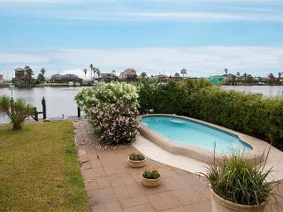 Canal, Fisherman's Paradise! Heated Pool, Boat Dock, Pier, Bay Access, Garage, Tiki Island