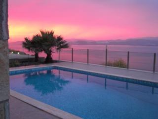 Villa Bodrum, avec piscine,100 m de la plage