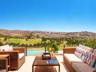 Villa Piedra Amarilla-Spain