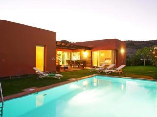 Par 4 Villa 21 | Salobre Golf Villa